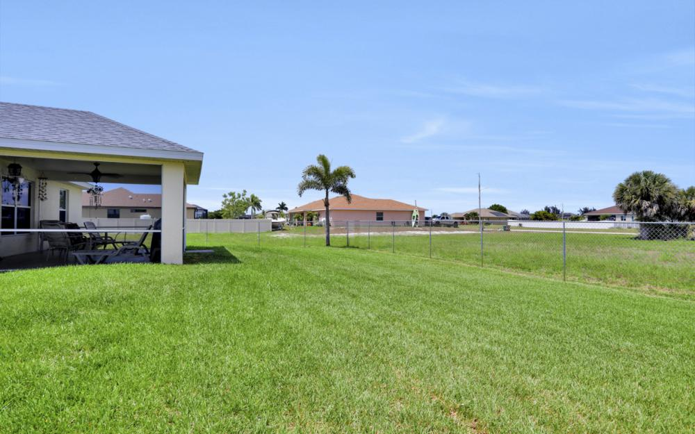 1005 NW 34th Ave, Cape Coral -Home For Sale 1330399740
