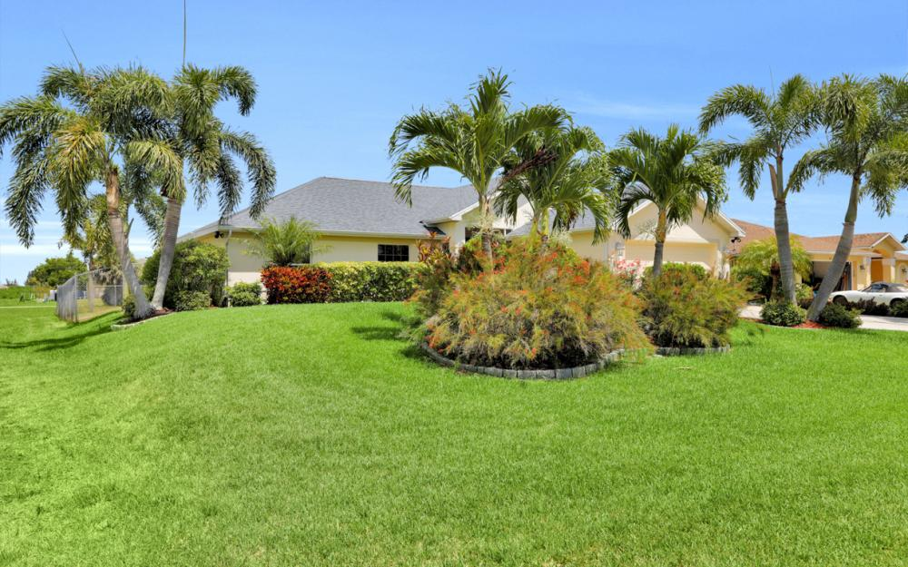 1005 NW 34th Ave, Cape Coral -Home For Sale 1588530851