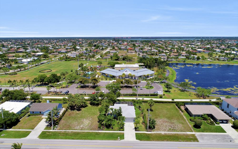 299 S Heathwood Dr, Marco Island - Vacation Rental 1236799650