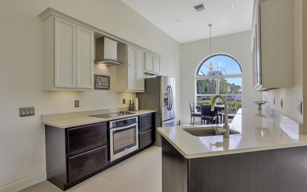 9851 Mainsail Ct, Fort Myers - Home For Sale 215329636