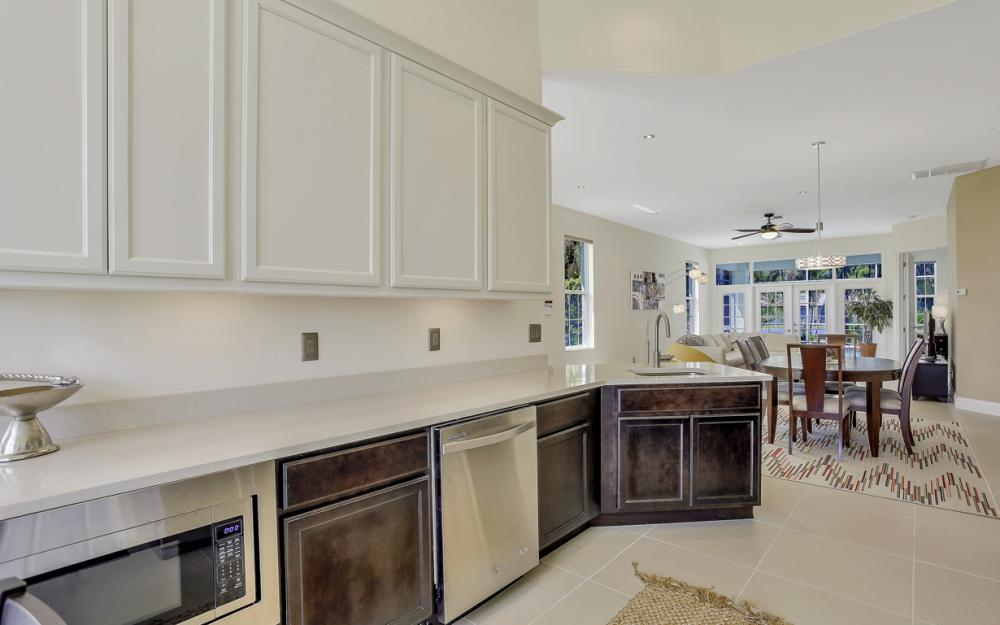 9851 Mainsail Ct, Fort Myers - Home For Sale 908646813