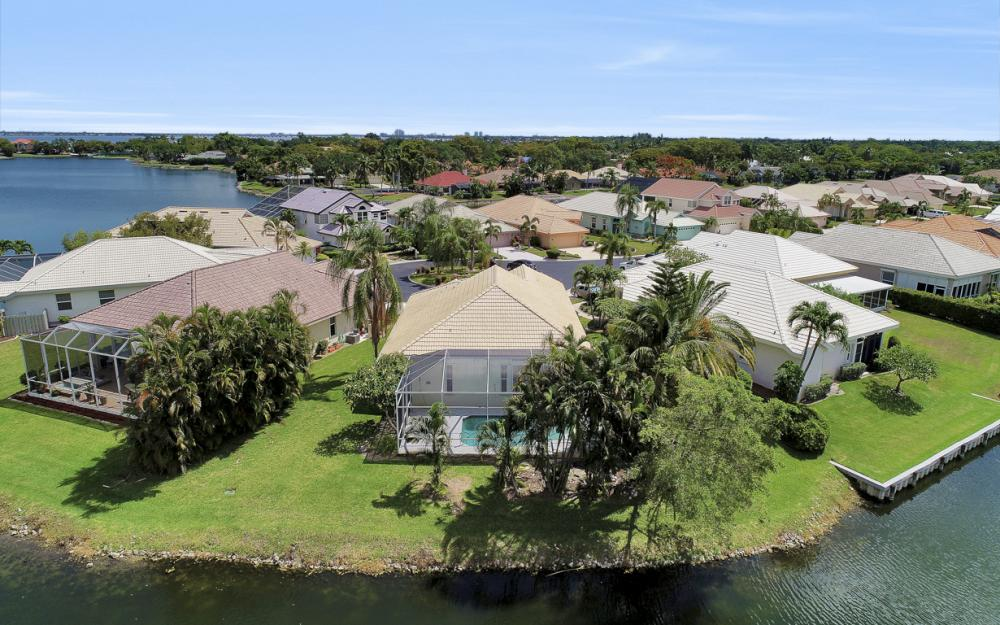 9851 Mainsail Ct, Fort Myers - Home For Sale 1440768117