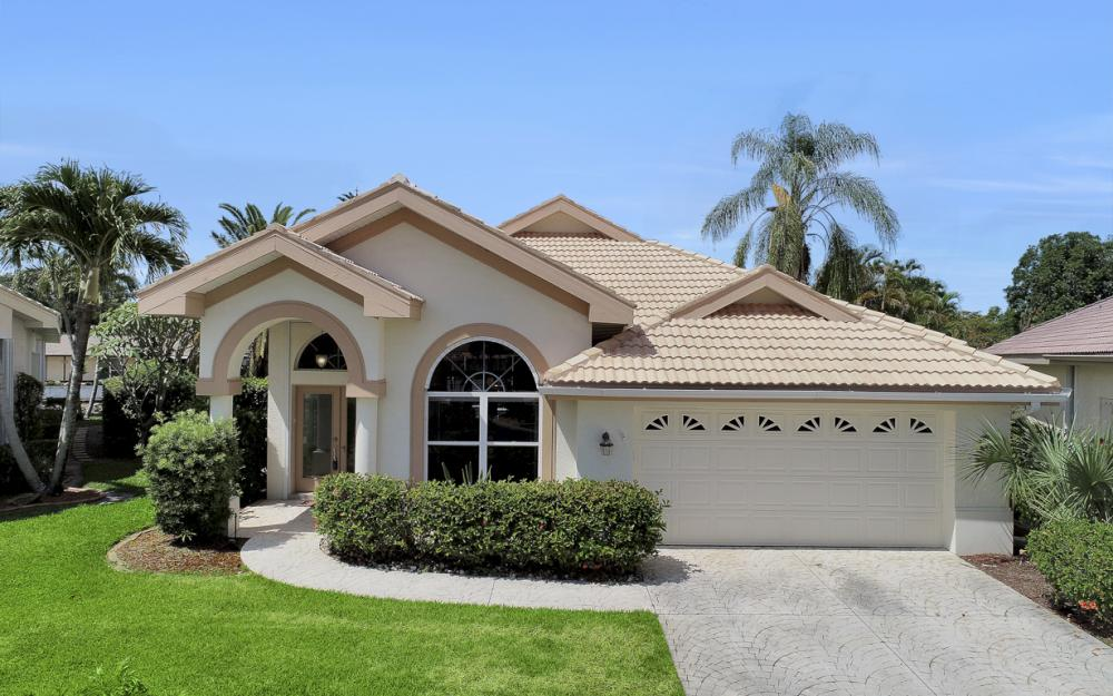 9851 Mainsail Ct, Fort Myers - Home For Sale 1215972212