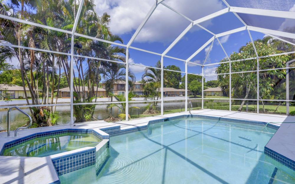 9851 Mainsail Ct, Fort Myers - Home For Sale 1333180673