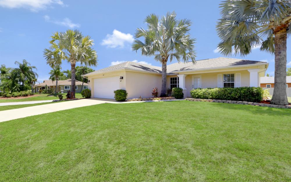 305 SE 2nd Ave, Cape Coral - Home For Sale 1391484872