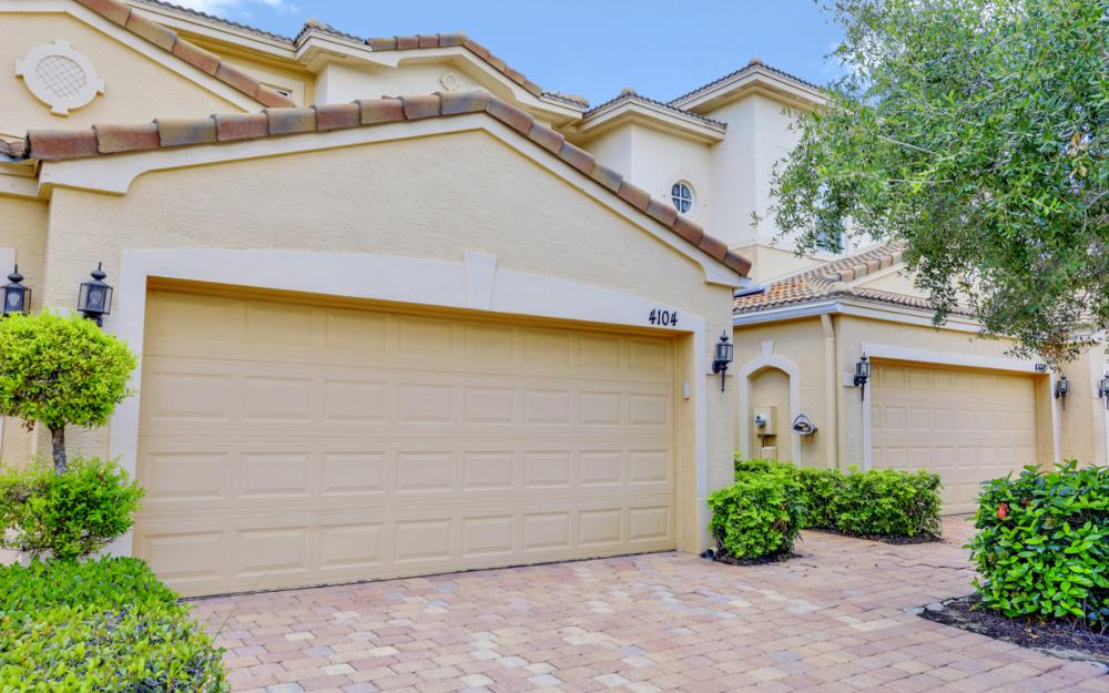 4104 Cherrybrook Loop, Fort Myers - Home For Sale 1990448096