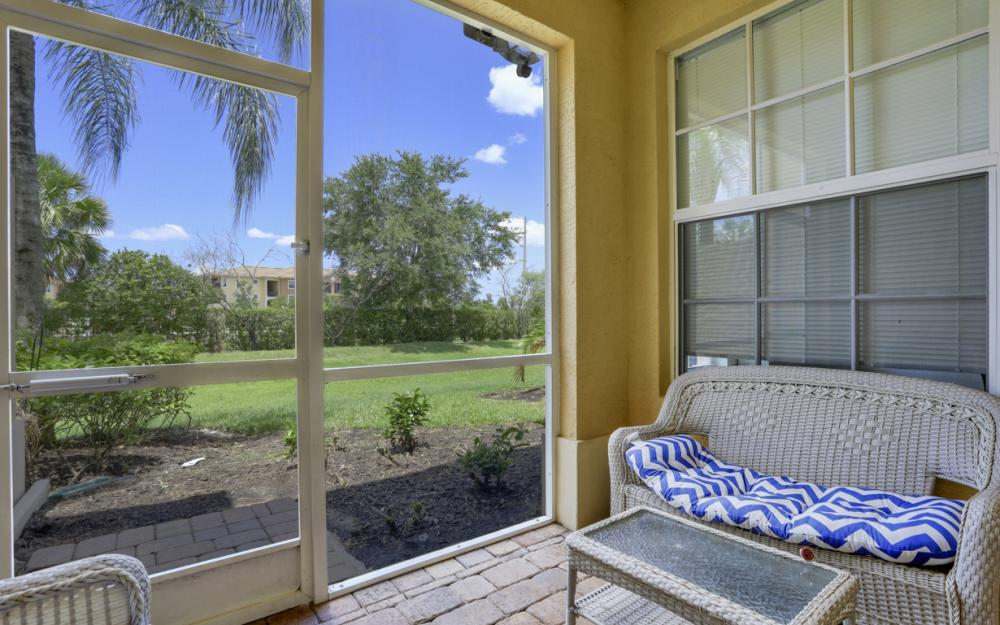 4104 Cherrybrook Loop, Fort Myers - Home For Sale 60358193