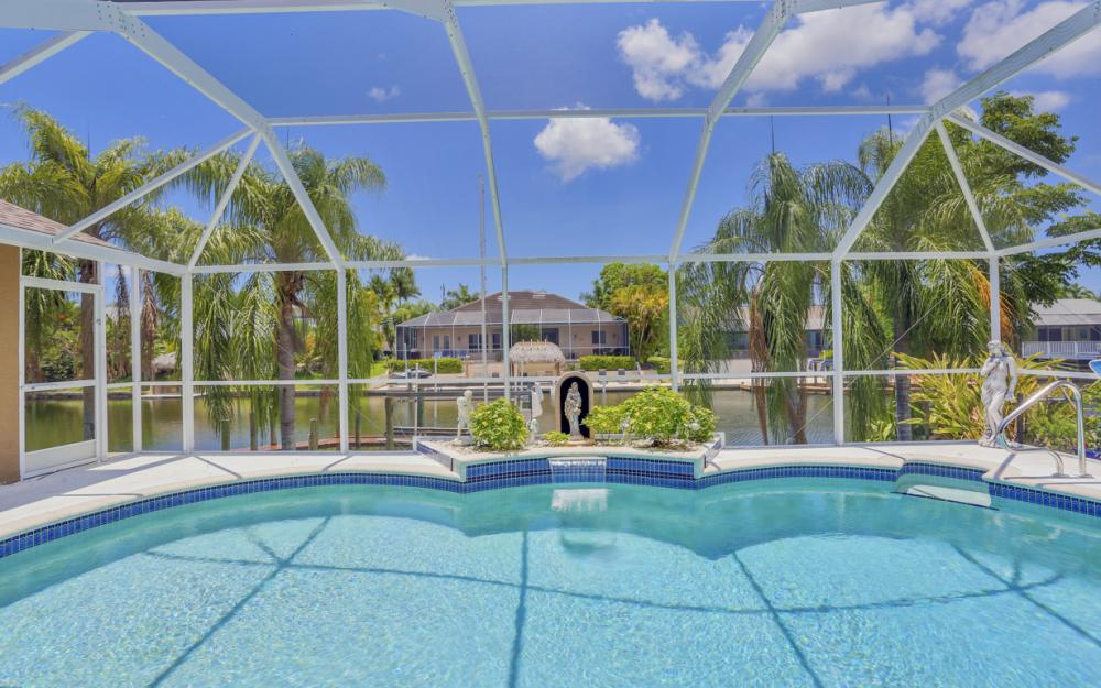 5012 Skyline Blvd, Cape Coral - Home For Sale 898196395