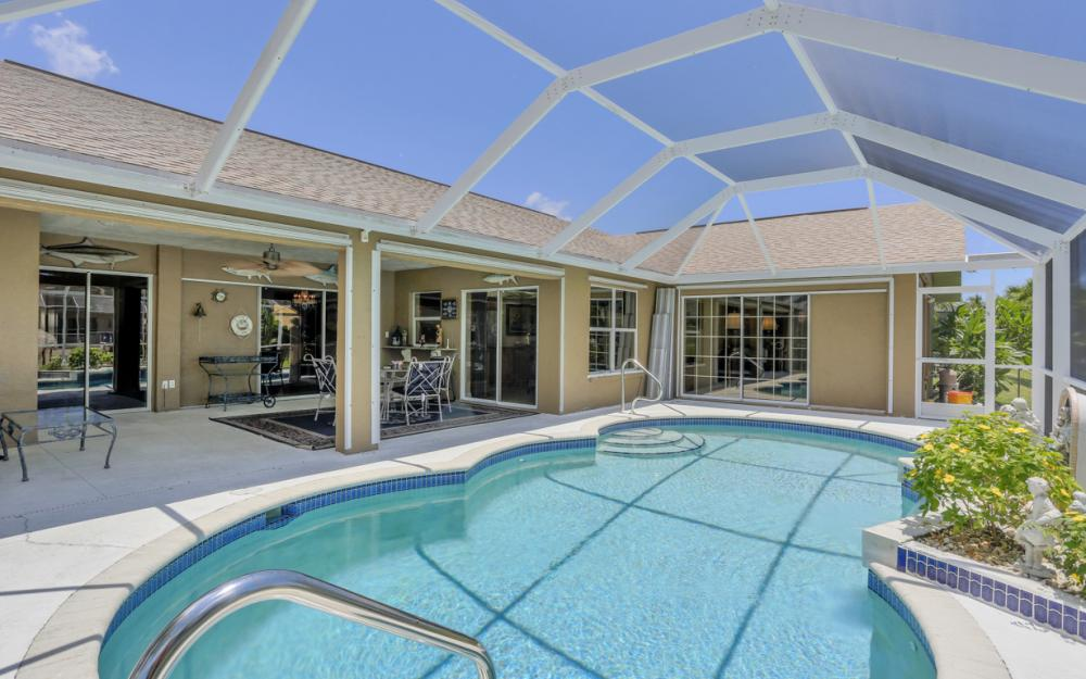 5012 Skyline Blvd, Cape Coral - Home For Sale 2092260509