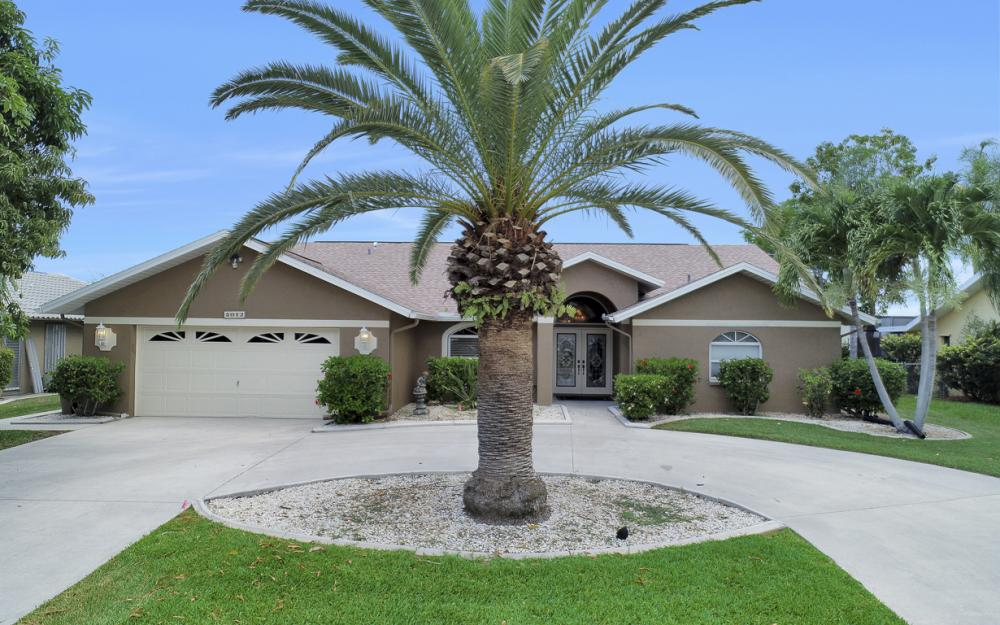 5012 Skyline Blvd, Cape Coral - Home For Sale 1763756033