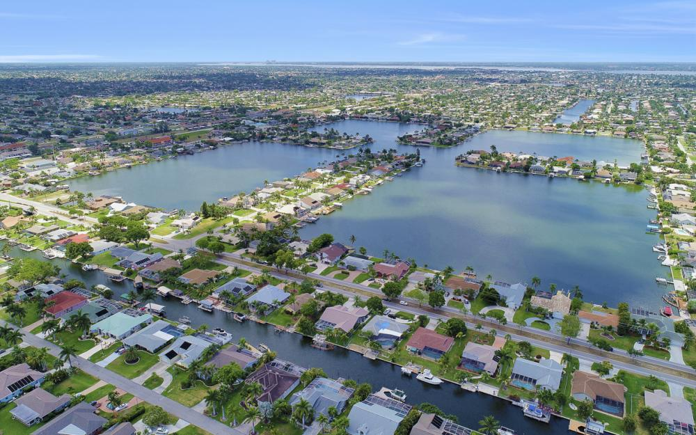 5012 Skyline Blvd, Cape Coral - Home For Sale 1324559251