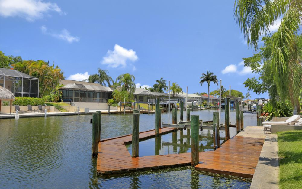 5012 Skyline Blvd, Cape Coral - Home For Sale 225822084