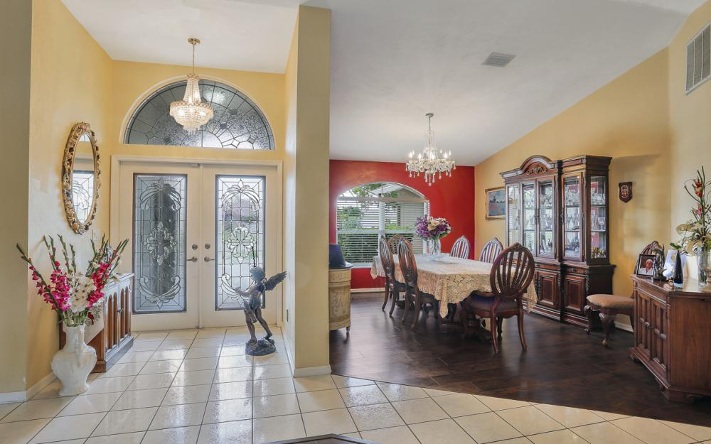 5012 Skyline Blvd, Cape Coral - Home For Sale 1190067695