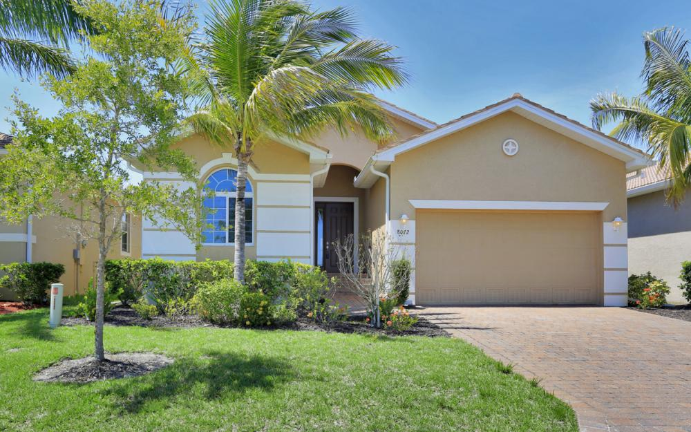 8072 Banyan Breeze Way, Fort Myers - Home For Sale 1147165652