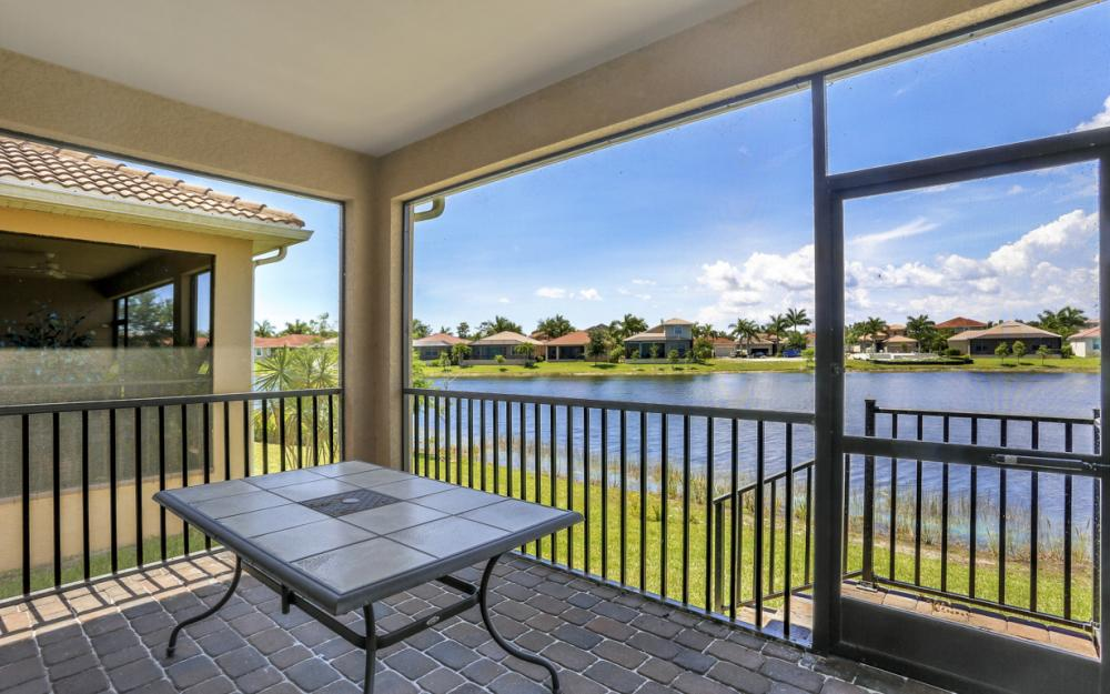 8072 Banyan Breeze Way, Fort Myers - Home For Sale 923970347