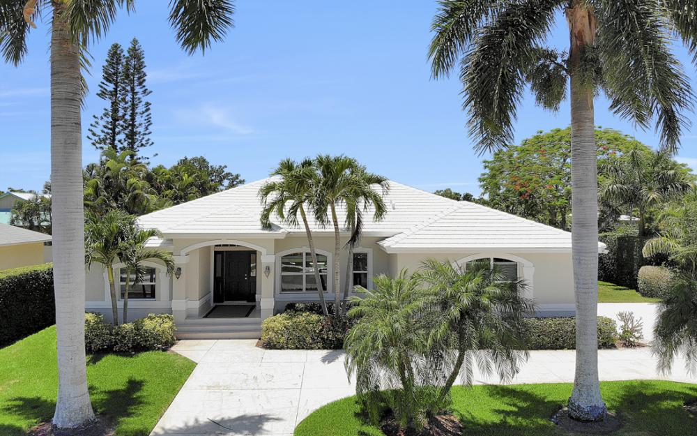 564 Yellowbird St, Marco Island - Home For Sale 232027335