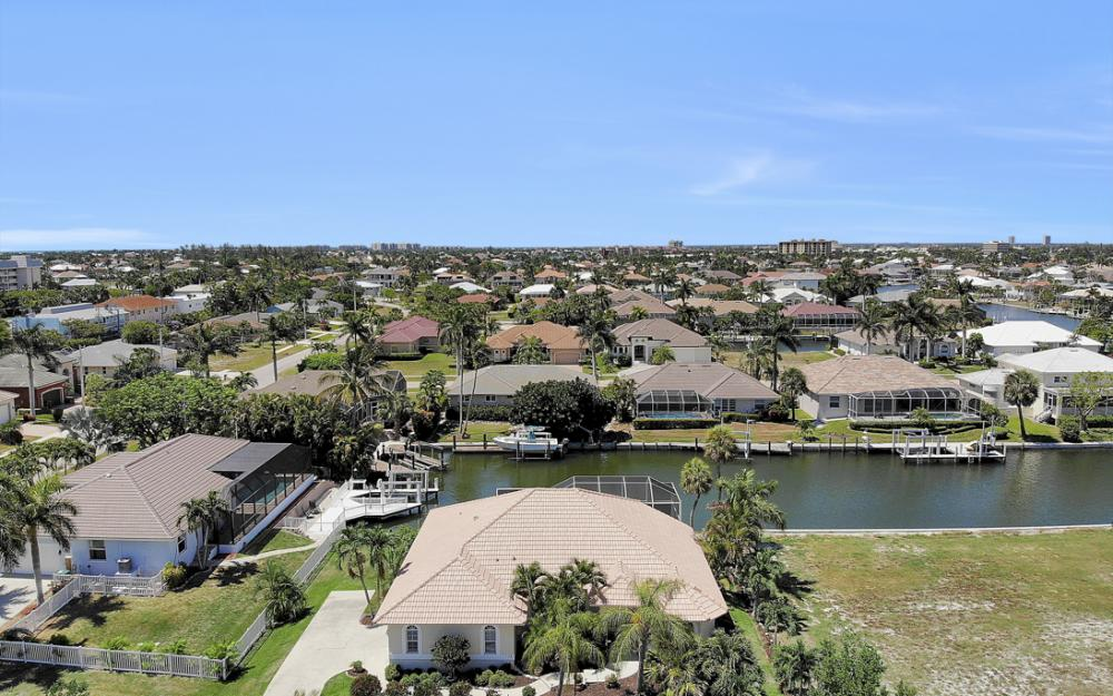 772 Saturn Ct, Marco Island - Vacation Rental  2121220644