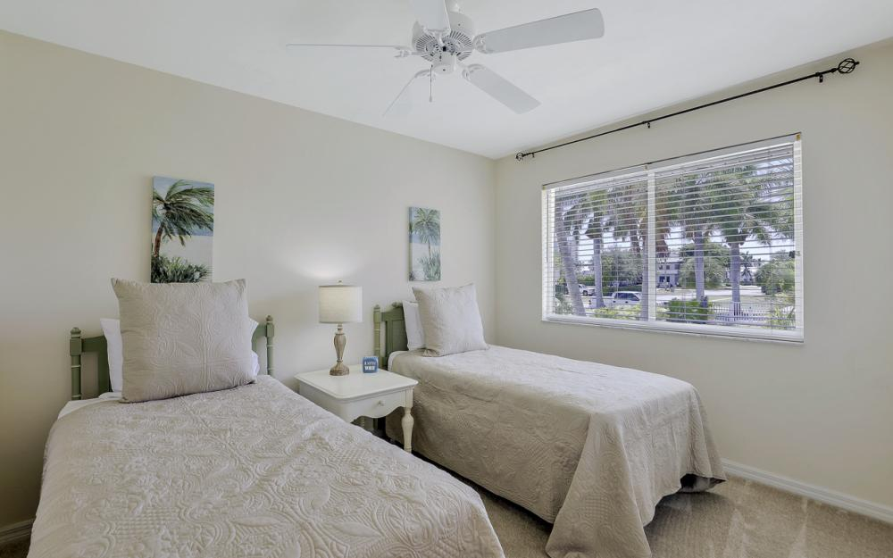 772 Saturn Ct, Marco Island - Vacation Rental  667505480