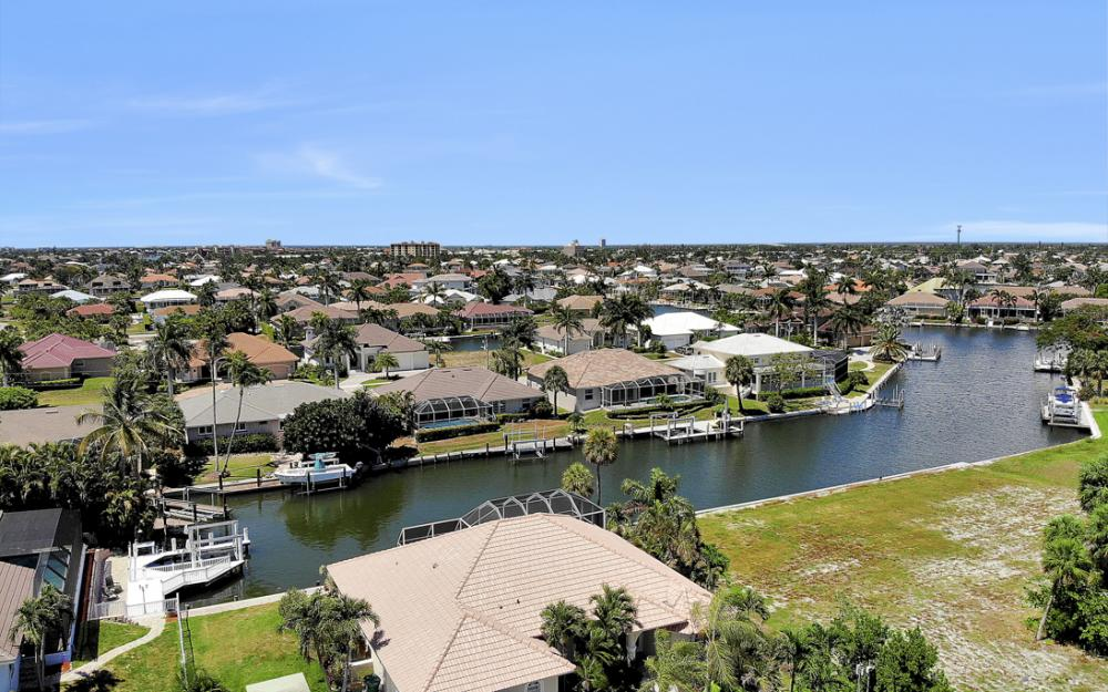 772 Saturn Ct, Marco Island - Vacation Rental  1622314883