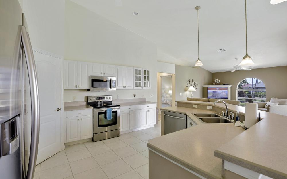 772 Saturn Ct, Marco Island - Vacation Rental  119858482