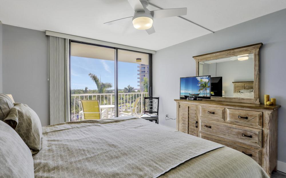 380 Seaview Ct #402, Marco Island - Vacation Rental 1485360257