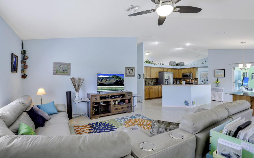 3715 NW 1st Ter Cape Coral - Home For Sale 80803881