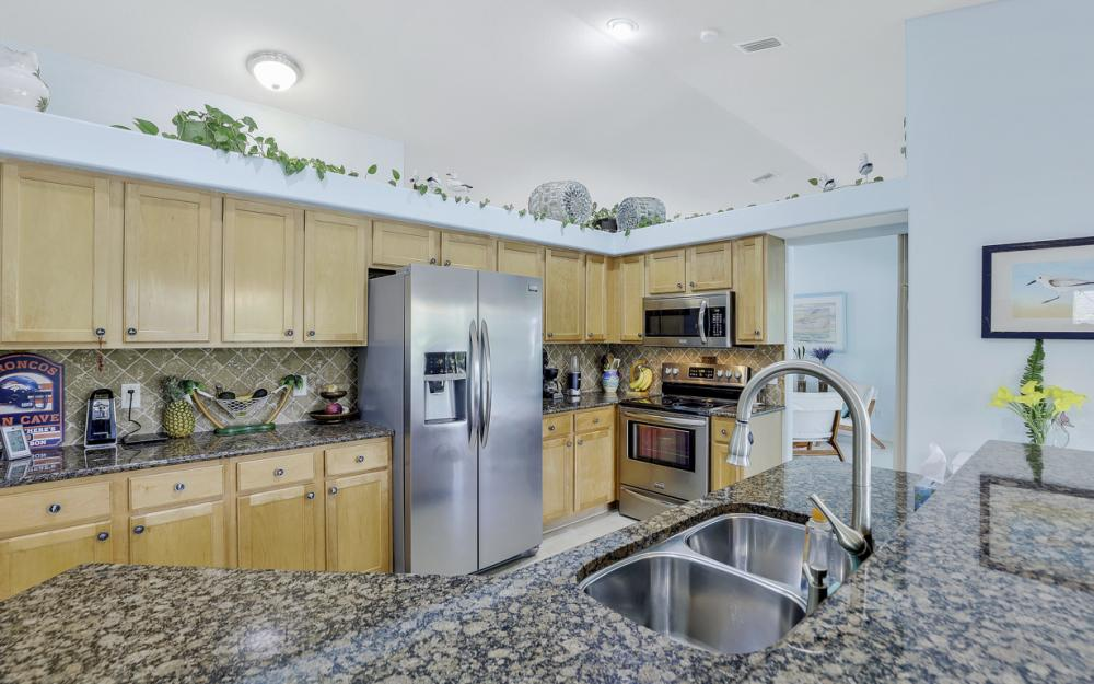 3715 NW 1st Ter Cape Coral - Home For Sale 945425952
