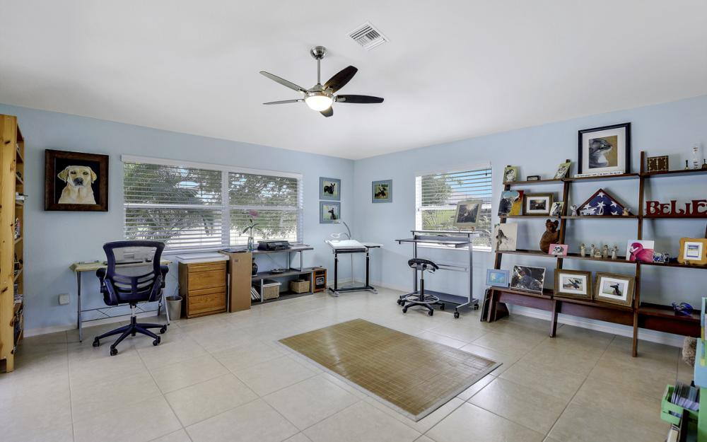 3715 NW 1st Ter Cape Coral - Home For Sale 136105547