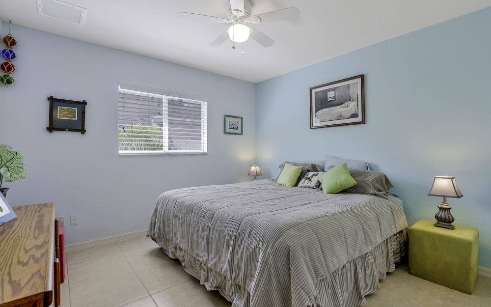 3715 NW 1st Ter Cape Coral - Home For Sale 1712733992
