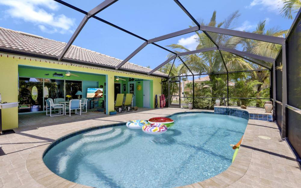 3715 NW 1st Ter Cape Coral - Home For Sale 915213581