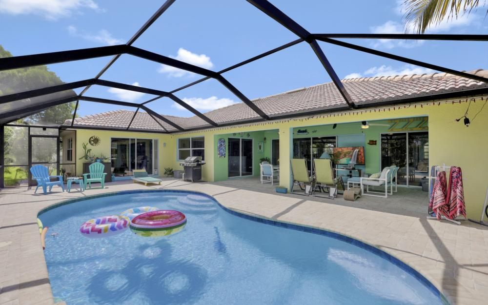 3715 NW 1st Ter Cape Coral - Home For Sale 1803098527
