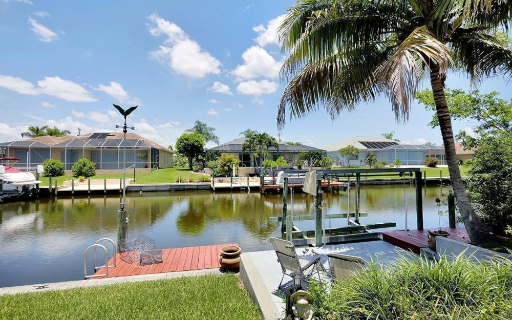 211 SW 40 St, Cape Coral - House For Sale 2008458796