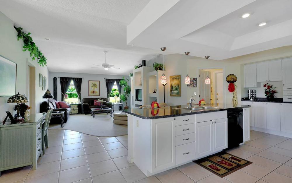 211 SW 40 St, Cape Coral - House For Sale 467196318