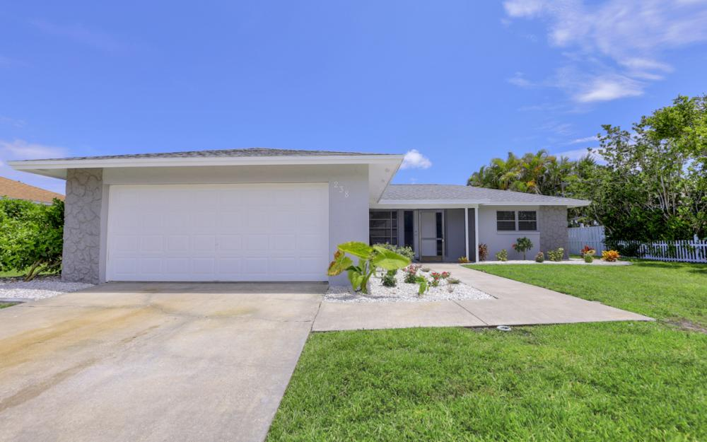 238 SW 42nd St, Cape Coral - Home For Sale 711571987