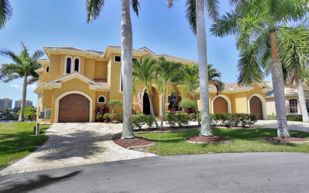 1435 SW 57th Ter, Cape Coral - Luxury Home For Sale 167597256