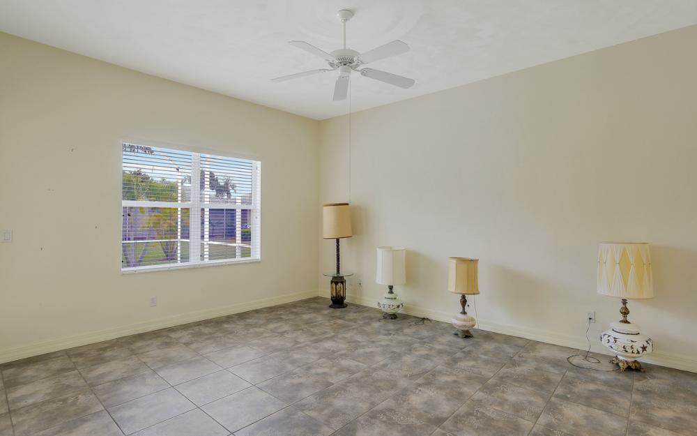 2707 SW 48th Ter - Cape Coral - Home For Sale 1194248234