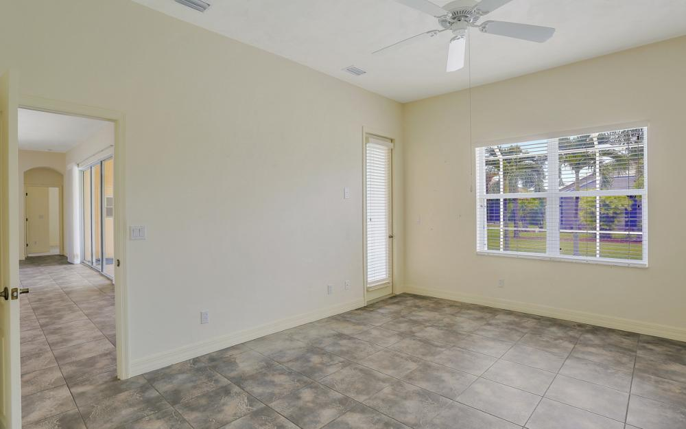 2707 SW 48th Ter - Cape Coral - Home For Sale 956780236