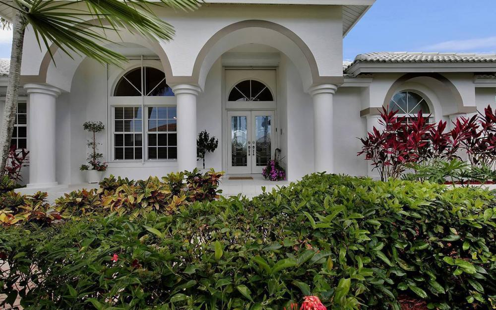 1655 Briarwood Ct, Marco Island - House For Sale 1260083233