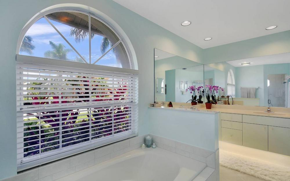 1655 Briarwood Ct, Marco Island - House For Sale 2134944878