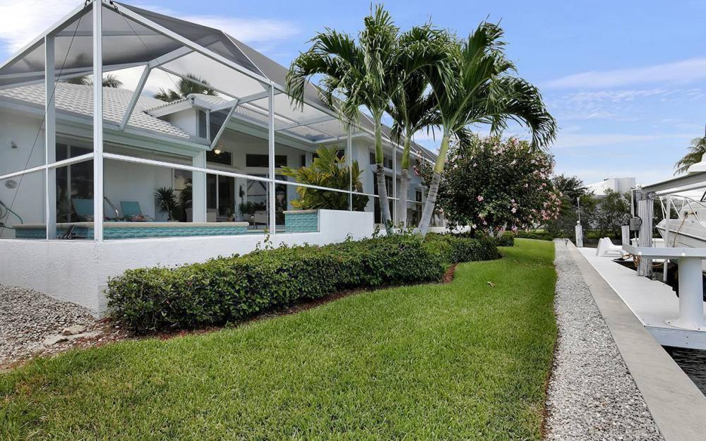 1655 Briarwood Ct, Marco Island - House For Sale 1904626032