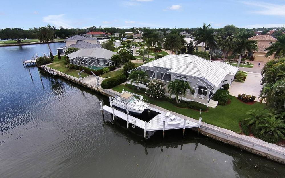 1655 Briarwood Ct, Marco Island - House For Sale 313398480