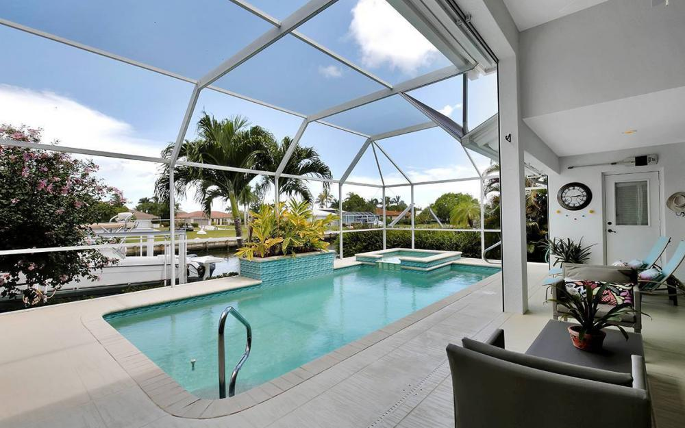 1655 Briarwood Ct, Marco Island - House For Sale 101576721