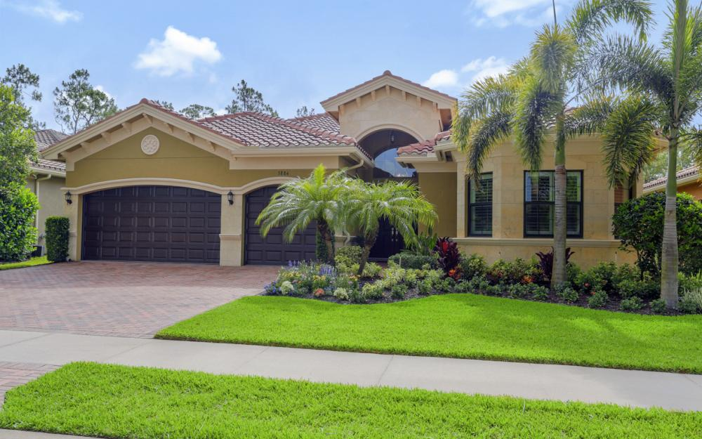 3884 Gibralter Dr Naples - Home For Sale 526083828