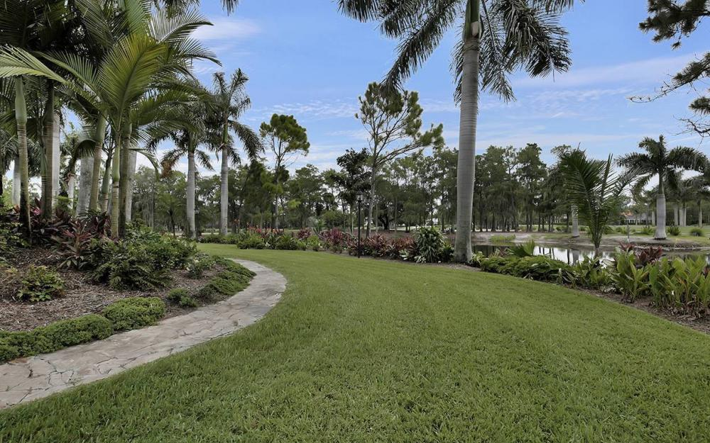 4555 Silver Fox Dr, Naples - House For Sale 1736120671