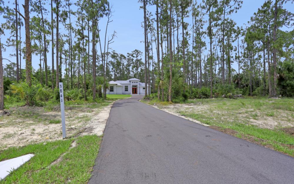 3841 4th Ave SE, Naples - Home For Sale 302512484