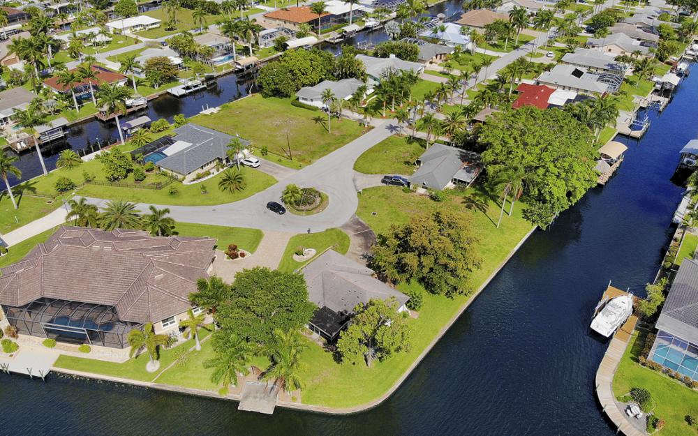 5201 Skylark Ct, Cape Coral - Home For Sale 288771126