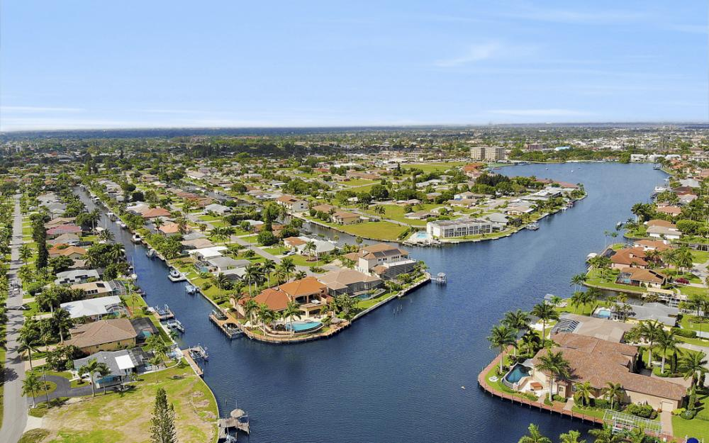 5201 Skylark Ct, Cape Coral - Home For Sale 1149220506