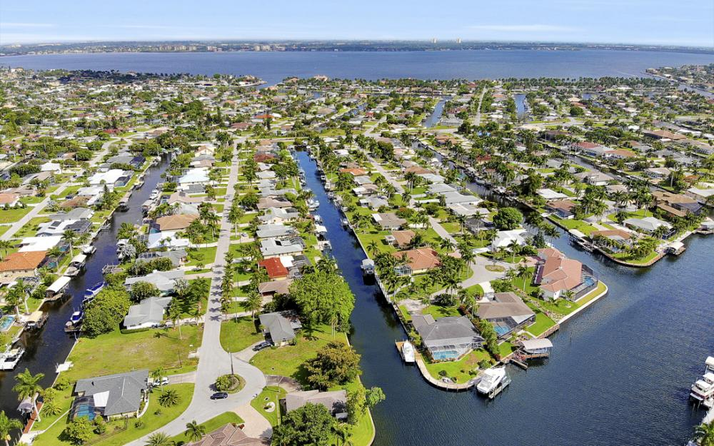 5201 Skylark Ct, Cape Coral - Home For Sale 1196756841