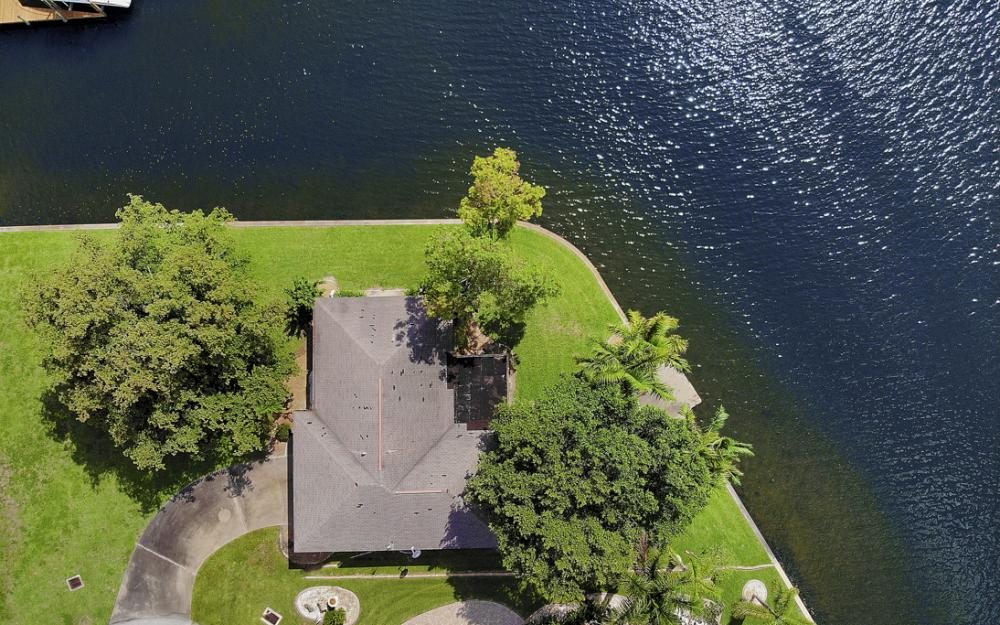 5201 Skylark Ct, Cape Coral - Home For Sale 627350440