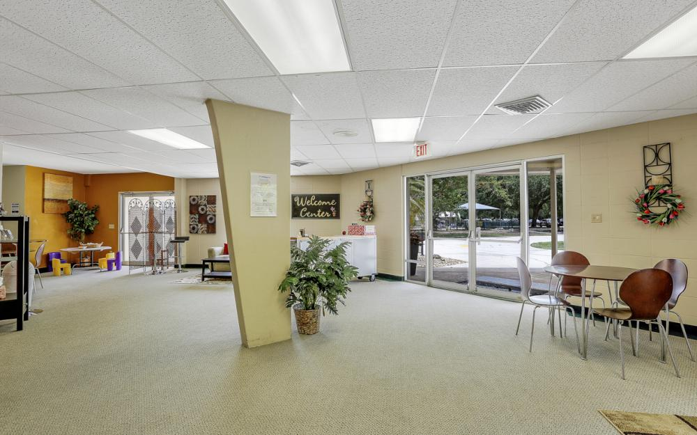 7800 College Pkwy, Fort Myers - Commercial Building For Sale 817111826
